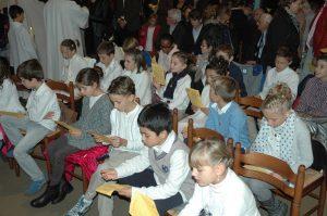 album photos 1ere communion luisant 300x199 - Les  photos des événements de notre paroisse...