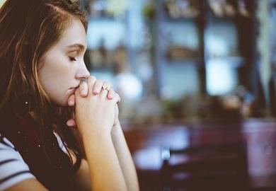 blur 1867402 1280 - Des mots pour parler à Dieu