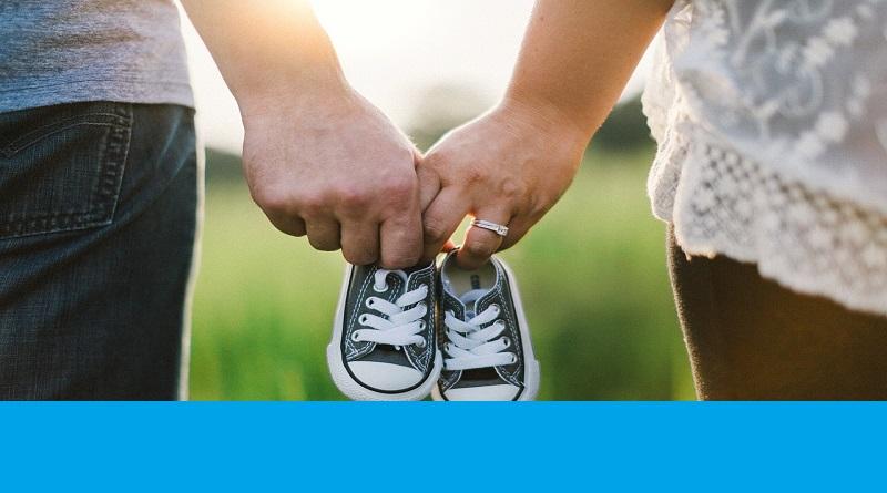holding hands 918990 1280 - Journée jeunes couples et jeunes familles, avec Mgr Christory le 16 nov
