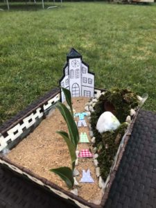 jardin paques parisy1 225x300 - Les  photos des événements de notre paroisse...