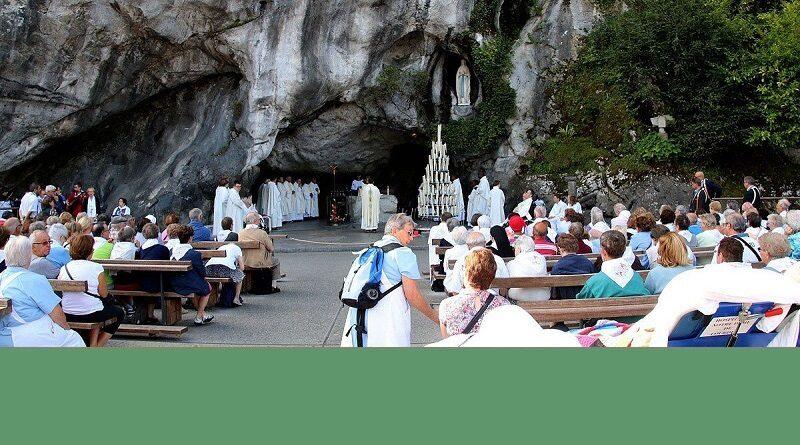 lourdes1 800x445 - Pélerinage diocésain à Lourdes du 22 au 27 Août 2020
