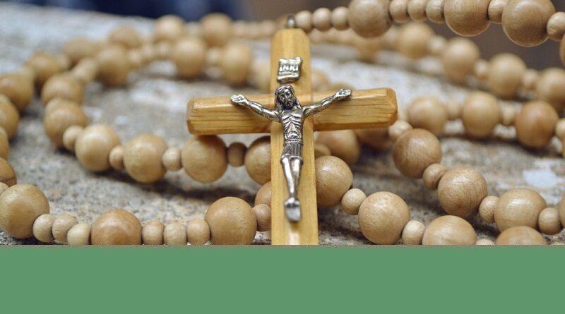 Horaires et Lieux pour prier le Chapelet ensemble pendant le mois de Mai