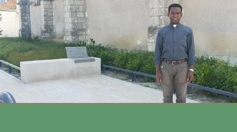 pierre paul2 - L'abbé Pierre Paul, nouveau curé de notre paroisse (article de l'Echo Républicain)