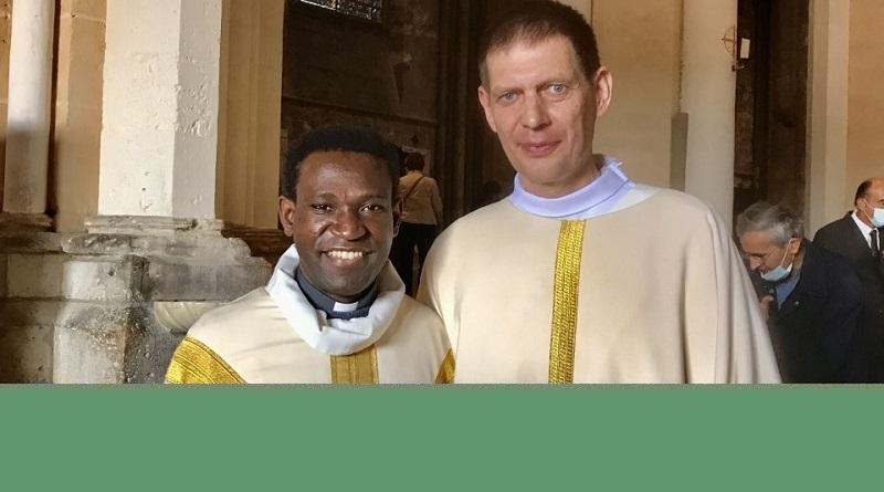 naveau rev - Ordination diaconale de Bertrand Naveau - 18/09 à la cathédrale avec son curé le Père PAUL